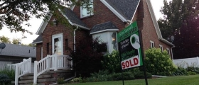 Tips for Buying a House, no credit, buying a property, real estate, housing, buying a property