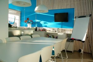 office-space-1744805_640