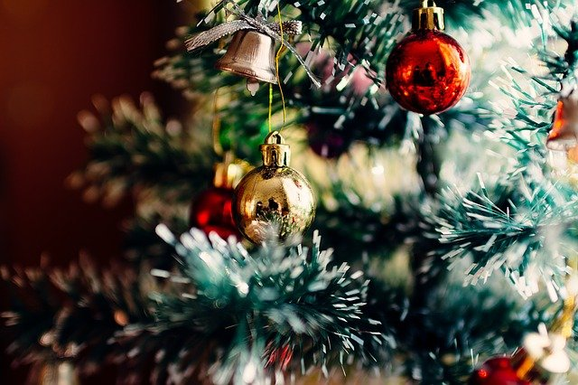 When Is Best Time to Buy Christmas Items